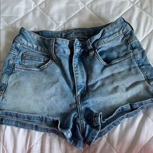 American eagle light wash short shorts